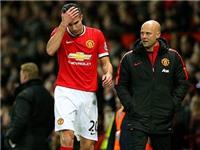 Robin van Persie lo sợ bị Man United bỏ rơi