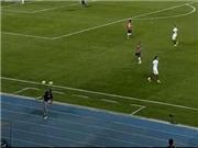 Jurgen Klinsmann khiến học trò lác mắt với pha đánh gót 2 quả bóng cùng lúc