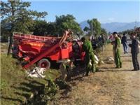 Lật xe chữa cháy 8 chiến sĩ cảnh sát bị thương