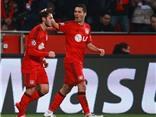 Leverkusen 1-0 Atletico: Calhanoglu giúp Leverkusen tạm chiếm lợi thế