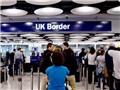 Số người nhập cư vào Anh tiếp tục tăng mạnh