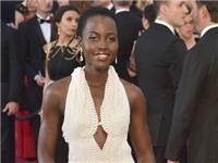Chiếc váy đính 6.000 viên ngọc trai của Lupita Nyong bị trộm