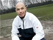 CẬP NHẬT tin tối 1/3: Nước Anh kêu gọi Howard Webb trở lại cầm còi. Arsenal tìm người thay Cazorla