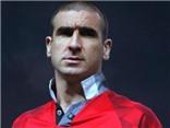 Xem Eric Cantona biến bốn cầu thủ đối phương thành gã hề trên sân