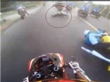VIDEO: Tai nạn kinh hoàng trên đường đua giải xe đạp nữ quốc tế Bình Dương mở rộng