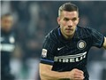 VIDEO: Quả đá phạt góc tệ chưa từng thấy của Lukas Podolski