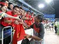 Thầy ngoại và bóng đá nữ Việt Nam: Chẳng hơn... hàng nội!