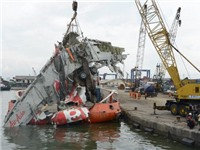 Indonesia ngừng tìm kiếm thi thể nạn nhân vụ tai nạn máy bay QZ8501