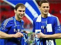 Nemanja Matic trẹo mắt cá vì ăn mừng Chelsea đoạt cúp Liên đoàn