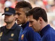 Màn khởi động gây choáng của Messi và Neymar