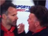 Van Gaal 'đấm' Giggs vì không ăn mừng bàn thắng của Man United