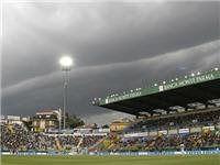 CLB Serie A 'cứu' Parma với gọi viện trợ 5 triệu euro
