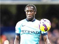 Bị thất sủng, Sagna cân nhắc rời Man City