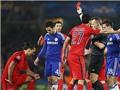 UEFA giữ nguyên án cấm với Ibra, trừng trị Aurier