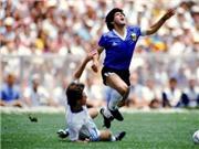 CHOÁNG với nỗ lực đi bóng của Maradona dù bị 'chặt chém' không thương tiếc