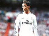 Ronaldo: Hãy biết hy sinh như Messi!
