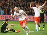 Hà Lan 2 - 0 Tây Ban Nha: Vrij, Klaassen hạ De Gea, giữ ghế cho ông Hiddink