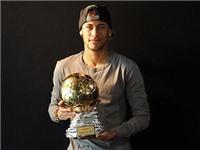 Neymar được trao 'Quả bóng vàng Samba' 2014