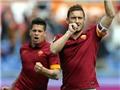 Roma hòa Atalanta 1-1: Chết chìm trong cảm hứng Totti