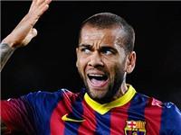 Daniel Alves: 'Muốn vô địch Champions League, Barca phải mạo hiểm'