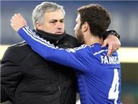 Fabregas đã đi theo 'tà giáo' Mourinho