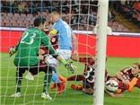 Napoli 3-0 AC Milan: De Sciglio bị đuổi ở phút đầu, Milan thủng 3 bàn trong 6 phút