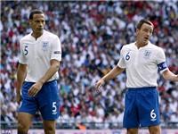 Terry chia buồn cùng Ferdinand sau nỗi buồn mất vợ