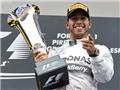 Lewis Hamilton gia hạn hợp đồng với Mercedes: Qúa nhanh, quá giàu