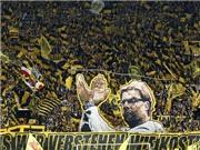 Chùm ảnh: CĐV Dortmund nghẹn ngào tạm biệt Juergen Klopp