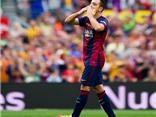 Xavi bật khóc khi được thay ra trong trận đấu cuối cùng với Barca ở Liga
