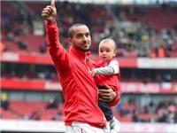 HLV Wenger: Walcott vẫn nằm trong kế hoạch của Arsenal