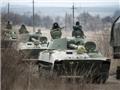 Ukraine rầm rập kéo pháo phản lực, vũ khí hạng nặng tới miền Đông