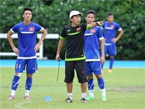 CHÙM ẢNH: U23 Việt Nam & U23 Thái Lan hối hả chuẩn bị cho ngày mở màn