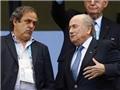 Vụ rắc rối ở FIFA: Michel Platini đề nghị Sepp Blatter từ chức