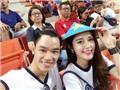 Á  hậu Huyền My rạng ngời trong ngày sao trẻ Chelsea đấu tuyển Thái Lan