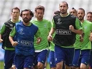 Juventus tập luyện nhẹ nhàng trước thềm Chung kết Champions League