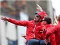 Wilshere phải xin lỗi Tottenham vì chế nhạo đối thủ lúc ăn mừng vô địch cúp FA