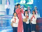 Trấn Thành khen giọng hát Hồng Nhung mang lại an nhàn cho người nghe