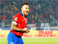 Eduardo Vargas cứu rỗi giấc mơ Chile