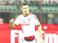 Milan thanh lọc đội hình: 'Bonera đi, ngày buồn nhất lịch sử Milan'