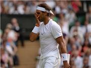 CHÙM ẢNH: Nadal ôm mặt thất thần trước 'dị nhân tóc dài' Dustin Brown