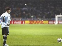 Đội tuyển Argentina: Sau bước nhỏ có là hố sâu địa ngục?