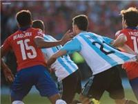 SỐC: Pastore... tự kéo áo mình để kiếm penalty cho Argentina nhưng không thành