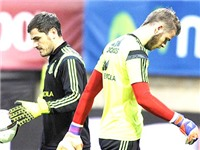 Real Madrid: Casillas đi rồi, mua De Gea thôi!