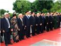 Lãnh đạo Đảng, Nhà nước tưởng niệm các Anh hùng liệt sĩ và vào Lăng viếng Chủ tịch Hồ Chí Minh