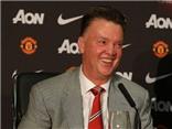 Sốc với cách thay người của Louis van Gaal ở Man United