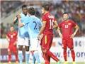 Tuyển Việt Nam - Man City 1-8: Đừng quên chúng ta đang ở đâu…