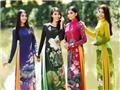 Nhà thiết kế Sĩ Hoàng: 'Mang áo dài đến Mỹ vì hai chữ: Việt Nam'