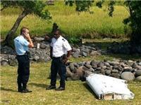 Giới chức Mỹ tin mảnh vỡ máy bay mới được tìm thấy thuộc về mẫu Boeing 777, có thể là MH370