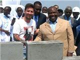 Messi bị cáo buộc ủng hộ chế độ độc tài ở Gabon